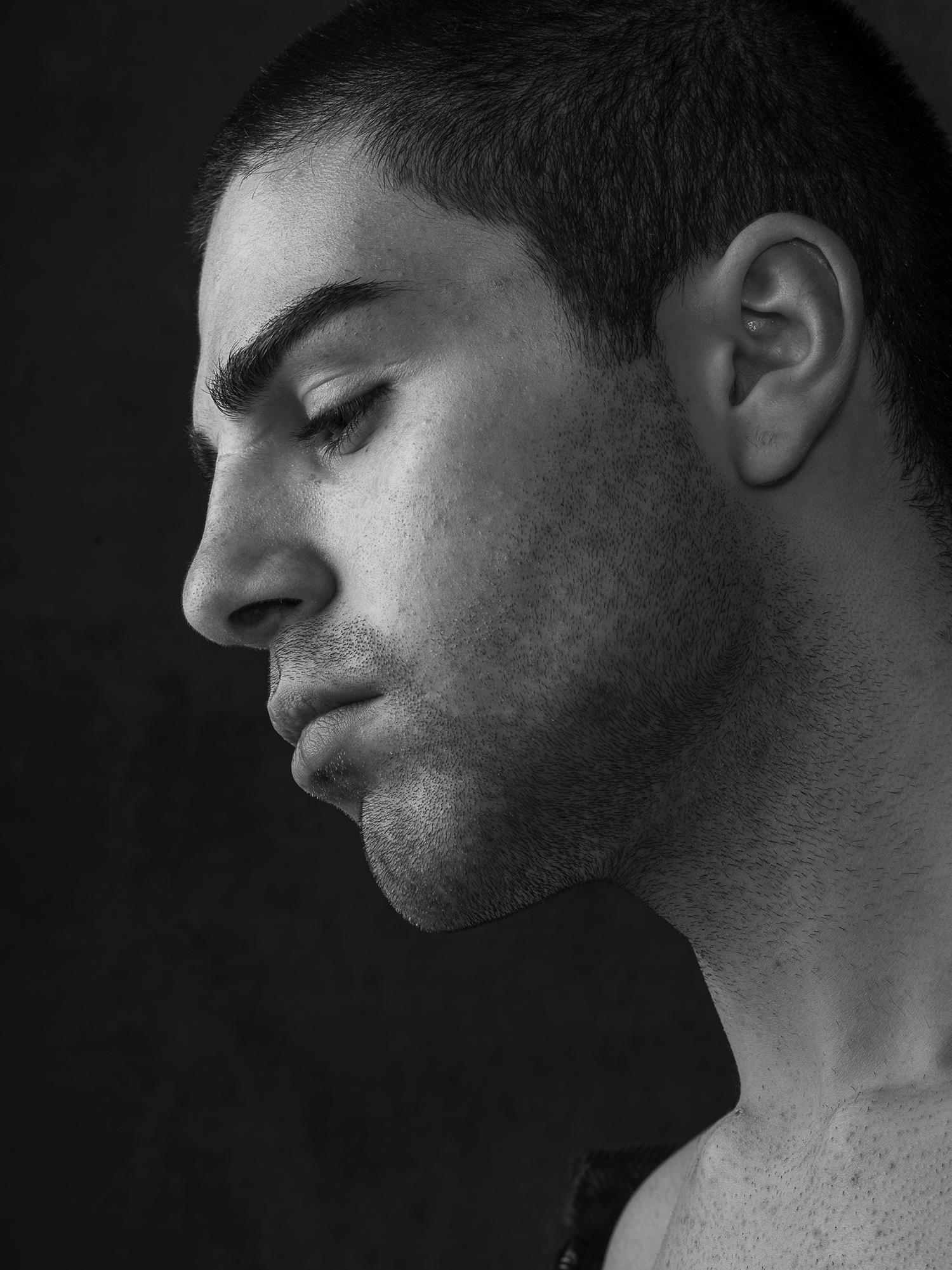 Intimate Strangers, Spartaki Profile B&W